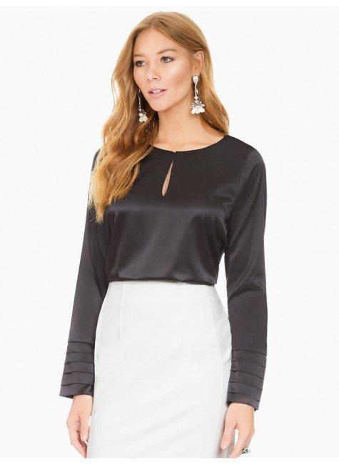 blusa de cetim preta principessa lizandra frente