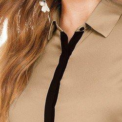 camisa feminina nude com detalhes pretos principessa eunice VISTA