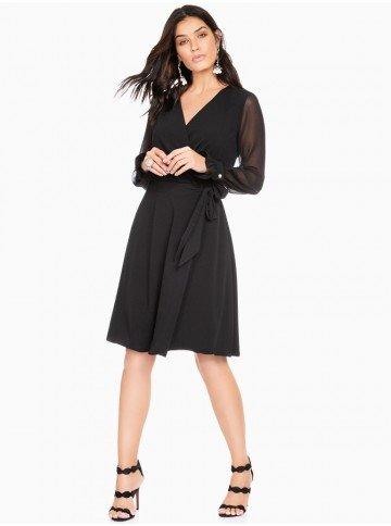 vestido transpassado preto com mangas transparentes principessa cintia frente