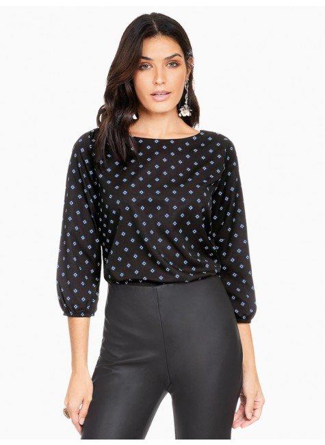 blusa estampada duplo uso principessa marilia frente com fundo