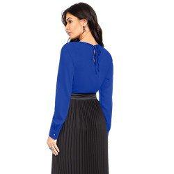blusa com nervuras azul principessa zafia modelagem