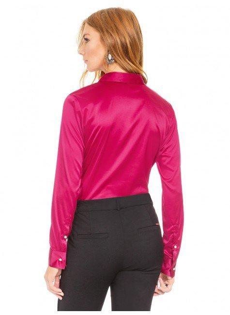 a183ea2f42 ... camisa social de cetim marsala principessa liliana costas ...