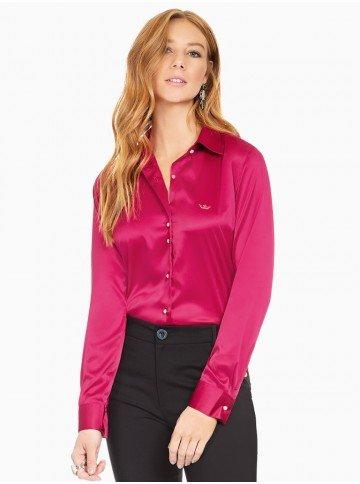 camisa social de cetim marsala principessa liliana frente com fundo