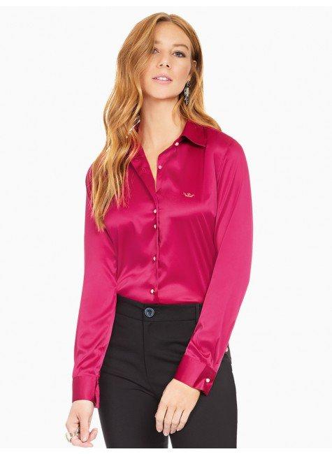 85932247e0 camisa social de cetim marsala principessa liliana frente com fundo