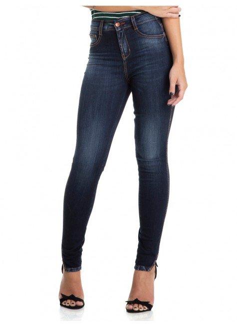 calca jeans estonada com abertura na barra denim zero dz2876 frente