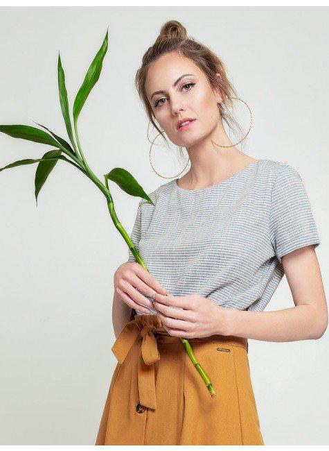 blusa listrada decote redondo madson frente