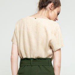 blusa areia johanne modelagem