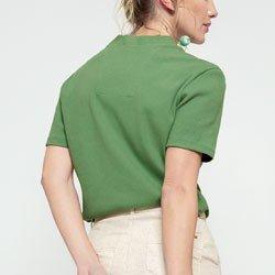 blusa canelada verde maila modelagem