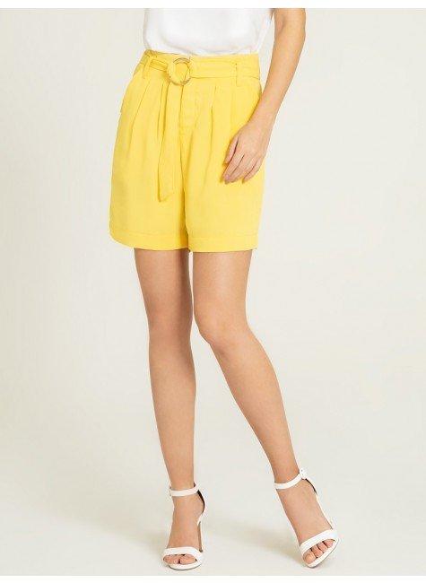 shorts amarelo alegra frente
