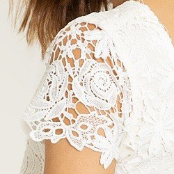 vestido de renda off white viviene tecido