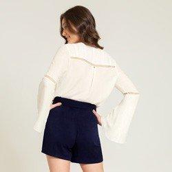 camisa detalhes renda off kauane modelagem