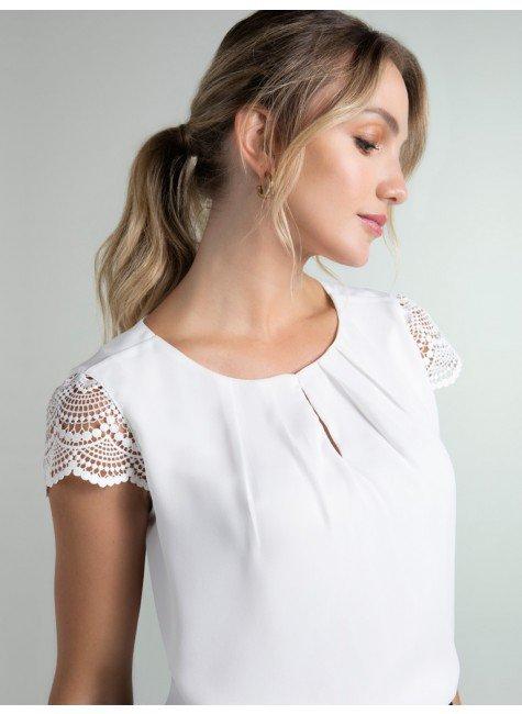 blusa off white manga renda halle frente
