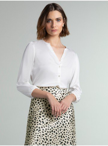 blusa cetim off white jenny frente