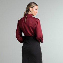 blusa bordo gola punho pregas lady modelagem