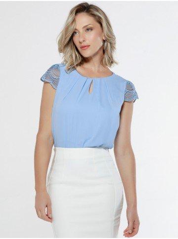 blusa azul mangas rendadas principessa leticiana