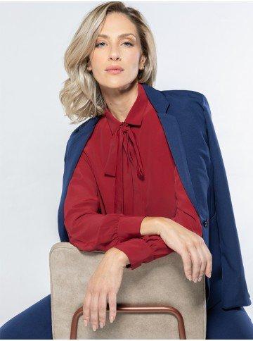 camisa feminina vermelha laco removivel blazer
