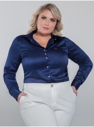 camisa azul marinho de cetim plus size jussara